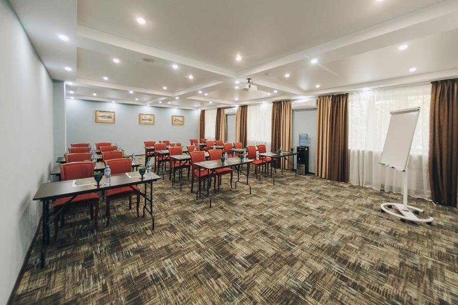 Малый конференц-зал в гостинице «Улан-Удэ Парк Отель»